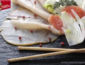 Pesce Spada con insalata di finocchi e pompelmo