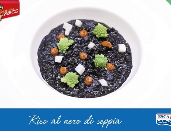 Riso al nero di seppia, cimone romano e concentrato di pomodoro